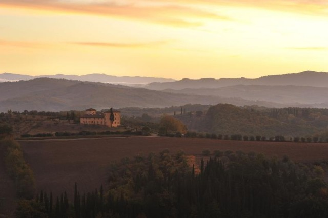 Castello_del_Nero_-_Sunriseb04532-640x425